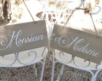"""Lot de deux panneaux en bois """"Madame"""" , """"Monsieur"""" à suspendre. Panneaux mariage Madame, Monsieur."""