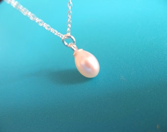 Sterling Silver Dainty Necklace with Freshwater Pearl drop charm - bride necklace - wedding necklace - Pearl necklace