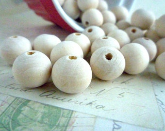 Round Wood Beads - Natural - 14mm - Pack of 20