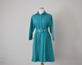 FREE usa SHIPPING vintage women's shirt dress/ cotton-polyester dress/ button dress/ 1980s size 7/8
