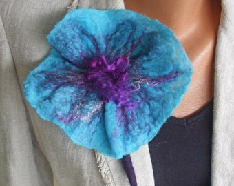 Flower brooch pin corsage hand felted in turquoise blue and purple