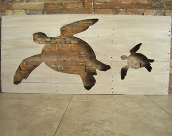 Distressed Pallet Wooden Sea Turtle Silhouette Barn Wood Finish Wall Art