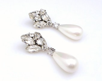 bridal wedding jewelry glam vintage Swarovski clear fancy marquise round crystal rhinestone white cream shell teardrop pearl post earrings