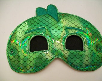 Child's Mask - Gecko - P J Masks - Green Iridescent Scales