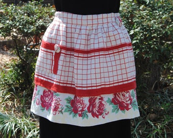 Vintage Apron - Vintage Tablecloth Apron - Red and White Vintage Table Cloth Apron - Half Apron