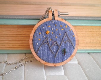 Embroidered Mountains Tiny Moon & Stars Necklace - Modern Geometric Mountain Range Embroidery Necklace - Night Sky Nature Scene Jewelry Gift