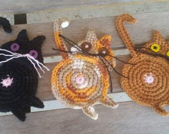 Cat Butt, Kitten Bottom, Cats Behind, Kittens Rear, Mug Rug, Crochet Coaster, Table Kitty