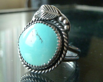 Turquoise Ring Sterling Silver Southwestern Native American Indian size 7 with feather OOAK jewelry