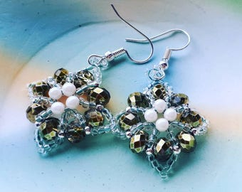Special Baroque Earrings Metallic green and creme White