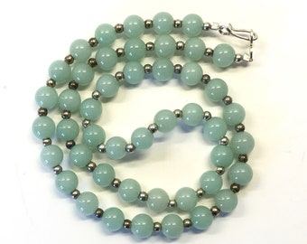 Faux Jade - Bead Necklace - Silver Tone Beads - Single Strand Beads - Green Bead Necklace - Fashion Jewelry - Costume Jewelry - Vintage