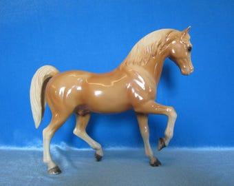 Breyer Vintage Glossy Peachy Palomino Family Arabian Stallion #4     1961-1965