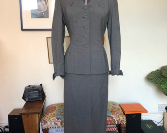 1940s Grey Cotton-Wool Blend Summer Suit Size Small