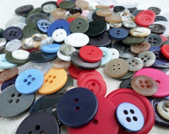 HALF Cup of MIXED VINTAGE Buttons for Sewing Crafts Scrapbooking Cardmaking
