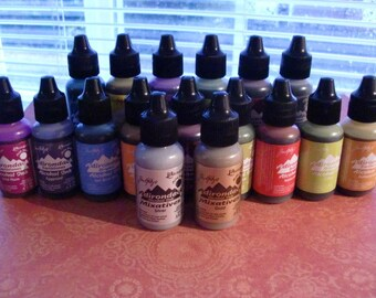 Tim Holtz Alcohol Ink Lot -17 Bottles, including Gold and Silver Mixatives