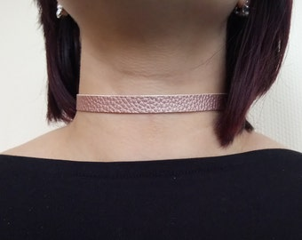 "Pretty rose gold metallic faux leather choker necklace - 12-15"" leatherette collar style"