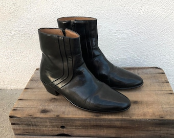 70s 80s Black Leather Chelsea Beetle Ankle Dress Boots Mens by Stacy Adams Size 8.5, Ladies 10.5