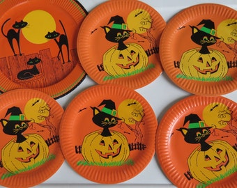 Vintage Halloween Paper Plates for Decorating or Crafting