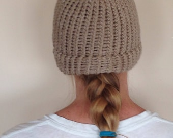 Warm beige toque