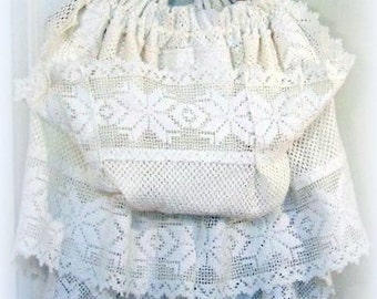 DREAMY Ivory Lace Capelet, hooded capelet, Cream, gathered, one size fits all