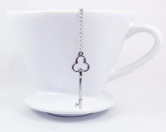 Loose Tea Infuser Tea Strainer Mesh Ball Clover Key Pendant Loose Leaf Tea