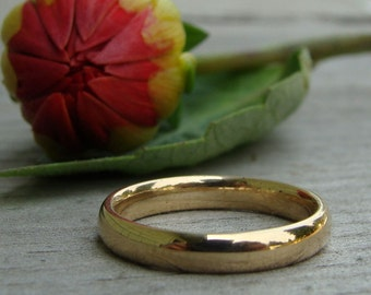 Recycled 14k Yellow Gold Wedding Band, Polished, 3mm Wide, Comfort-Fit, Eco-Friendly, Ethical, Made to Order
