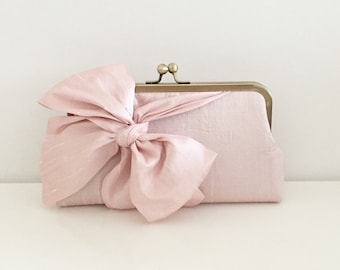Dusty Rose Silk Bridal Clutch, Pink Bow Clutch, Personalized Clutches for Your Bridesmaids, Pink Bridal Clutch, Wedding Purse, Style C002