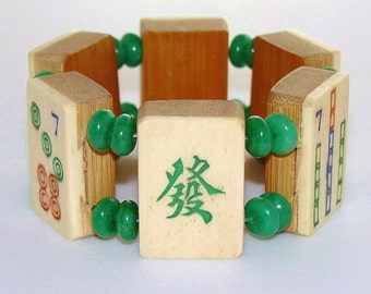 Mah Jong Bracelet of Vintage Bone and Bamboo Tiles with Jade Beads / Mah Jong Bracelet / 1930's / Hand Carved / Semi Translucent Jade / SM