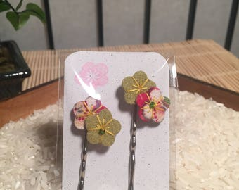 Ume Blossom Hair Pin - Green with Red and White