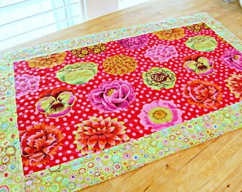 Quilted Table Runner, Modern Table Runner, Easter Table Runner, Spring Table Runner, Kaffe Fassett fabric, Pink and Green Table Runner