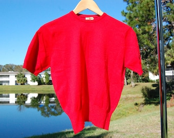 Vintage 1950s Canterbury Red knit Go-Go sweater crop top