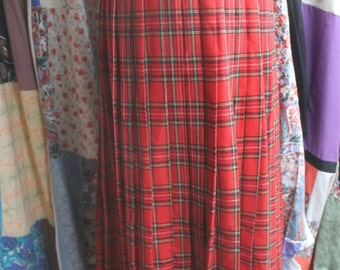 Tartan permanat pleated skirt REF511