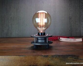 Minimalist Table Lamp - Industrial Lighting - Edison Bulb Lighting