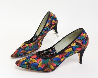 Shop SALE REDUCED Vintage 1960s Womens Size 8 Pumps, Miss Wonderful Kitten Heels VGC, Sheer Netting with Embroidered Leaves