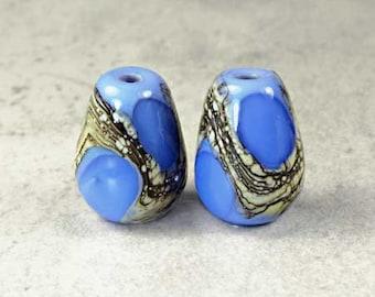 Blue Teardrop Lampwork Glass Bead Pair, Lampwork Glass Beads, Glass Beads, Blue on Periwinkle, 2 Glossy Cornflower Teardrop