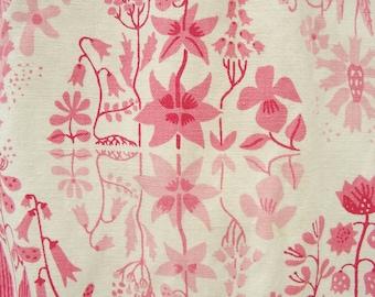 Stig Lindberg fabric, Vintage Fabric, Scandinavian curtains, Fifties fabric, Swedish design, Fifties florals, Pink, Vintage Swedish curtains
