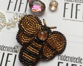 Textile art Entomology insect embroidered bee brooch
