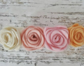 Big hair clip with romantic roses in pastel