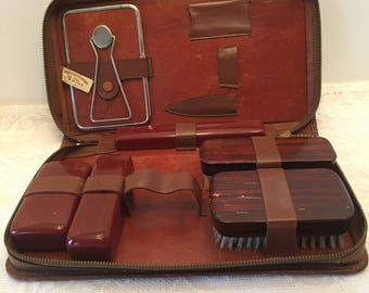 Mens Leather Travel Kit ~ Cowhide Leather ~ Travel Case ~ Made in USA ~ Mirror Brush ~ Vintage