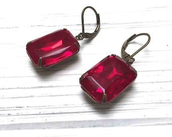 Vintage Faceted Czech Octagon Drop Earrings. Red. Octagon Rhinestone Earrings. Dangle Earrings. Handmade Jewelry.