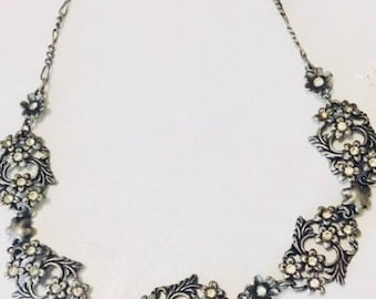 Vintage Choker Necklace with Crystals