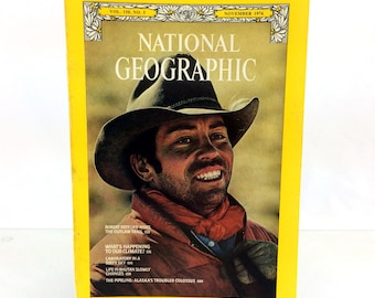 November 1976 National Geographic Magazine Robert Redford Rides The Outlaw Trail