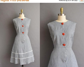 25% OFF SHOP SALE..//.. vintage 1950s pinstriped cotton full skirt day dress Plus Size vintage 50s cotton stripe full skirt dress