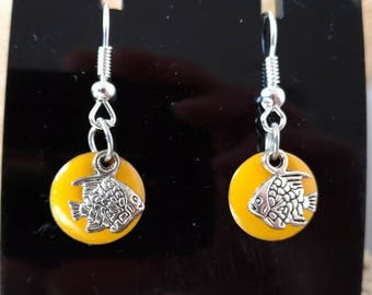 Beautiful yellow circle earrings and silver fish