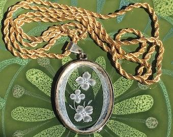 Intaglio Glass Pendant Necklace