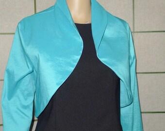 Beautiful vintage Frank Lyman  short turquoise bolero  shrug - Sz 10  Small