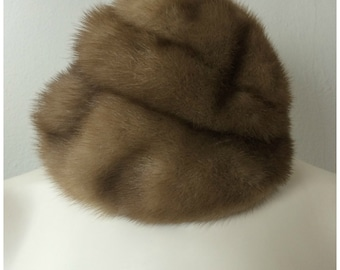 Vintage 1950s Mink Fur Hat | 50s Soft Beige Brown Tan Fur Spiral Folds Turbin Design | Classic Hollywood Winter Fur USA | Madmen