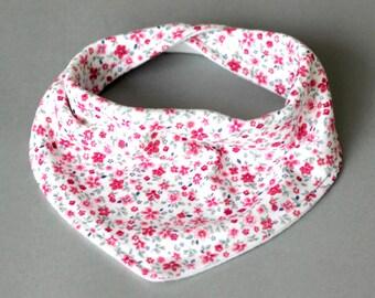 Bandana bib for girl, Bandana bib girl, Flower bandana bib, Flower bib, Flower drool bib, Flower scarf bib, Girl bib, Girl bandana bib