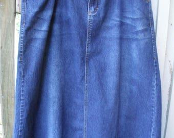 Denim Skirt Plus Size/ Size 18W Skirt/ Embroidered Denim/ Thrifted Funwear/ Farmhouse Chic/ Retro Denim/ Shabbyfab Plus Size Clothing