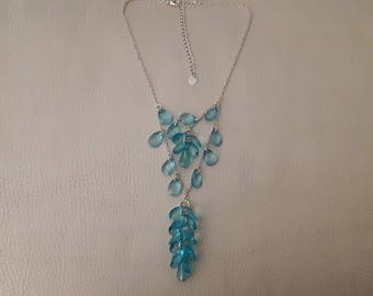 Necklace drops blue