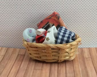 Miniature One inch scale Laundry basket